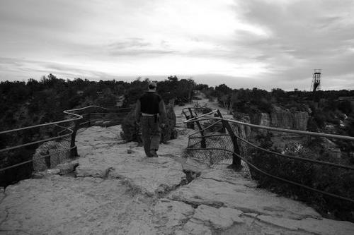 Walking_to_the_Uranium_Mines_img